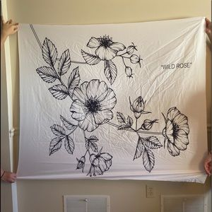 Tapestry Wild Rose drawing White Black 50 x 60 NWT